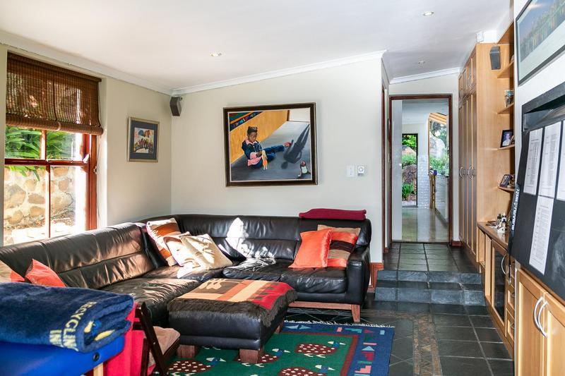 Property For Sale in Bokkemanskloof, Hout Bay 19