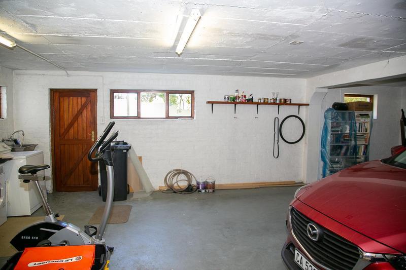 Property For Sale in Bokkemanskloof, Hout Bay 36