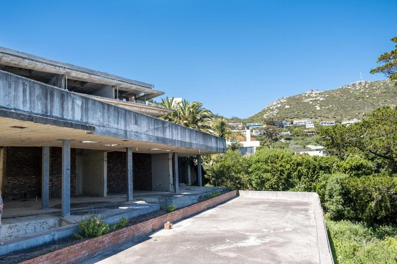 House For Sale in Llandudno, Cape Town