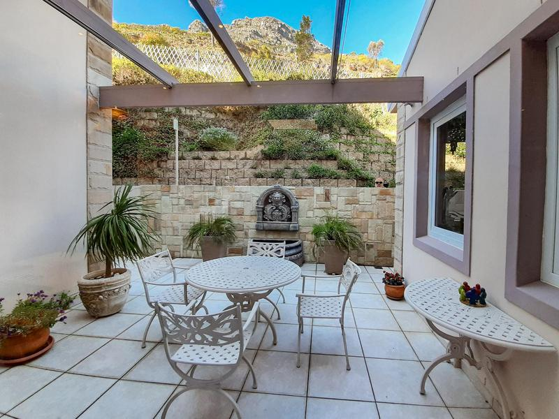 House For Sale in Scott Estate, Hout Bay